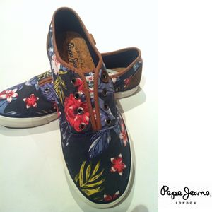 PePeJeans 花柄デッキシューズ